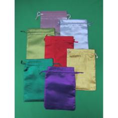 Vrecko: nepriehľadné - farebné (841)