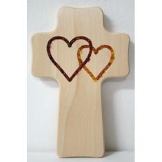Kríž: drevený, 2 jantárové srdcia