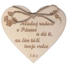 Citát na dreve: Hľadaj radosť v Pánovi...