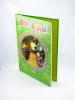Máša a Medveď: príbehy, maľovánky, hádanky, veselé úlohy - Kniha hier a zábavy na celý rok - fotografia 3